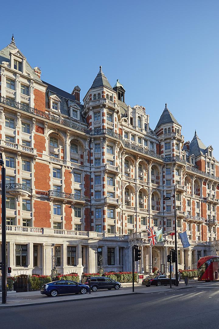 london-2017-exterior-facade-day
